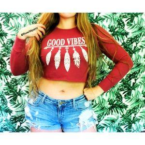 Sweaters - Good Vibes cropped crew neck 🌹